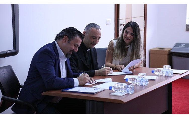 /Gallery/mainwebsitephotos/eventtest/Launchingofthefirstpartoftheresearchprojectsco-financedbytheNationalCouncilforScientificResearch-LebanonandUA/108A3438.jpg